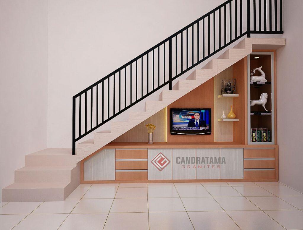 interior backdrop tv bawah tangga